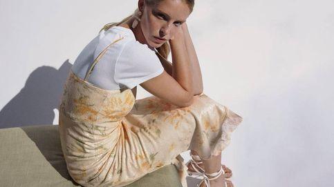 El vestido de edición limitada de Zara con el que lloverán looks de invitada alucinantes