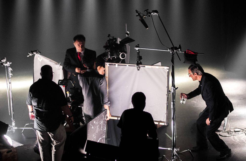 Foto: Imagen del rodaje de 'El rey', con Alberto San Juan, Willy Toledo y Luis Bermejo (Carmen Castellón)