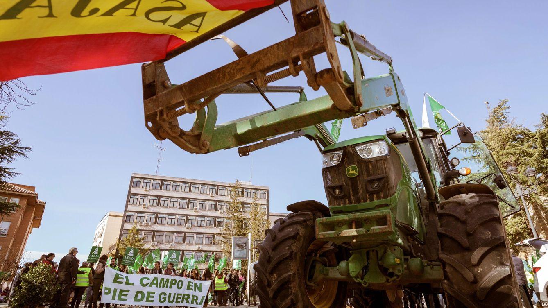 Foto: Los agricultores y ganaderos se manifestaron el pasado viernes en Ávila. (EFE)