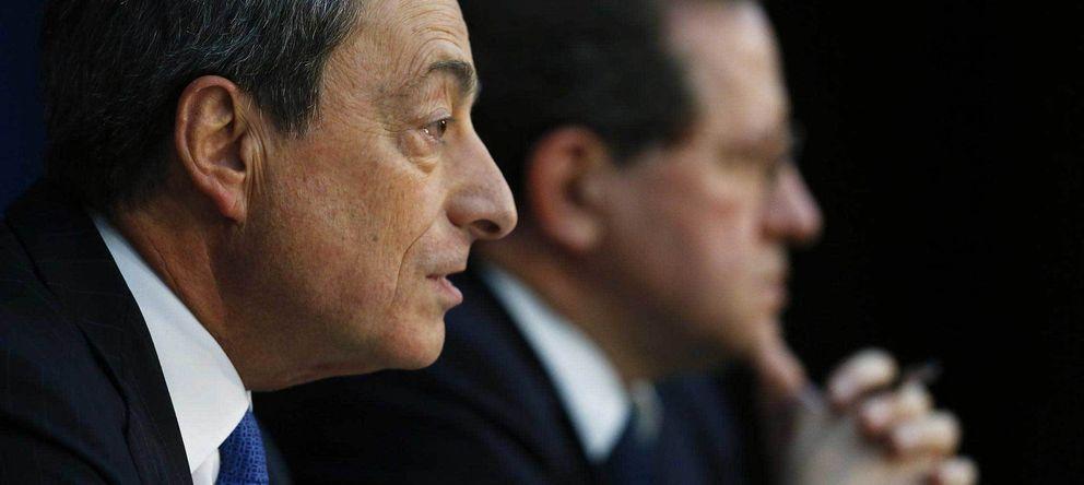 Foto: Mario Draghi, presidente del BCE, junto al vicepresidente, Vitor Constancio. (Reuters)