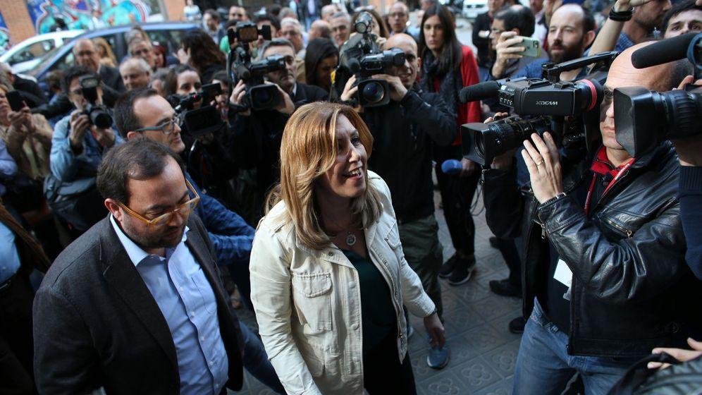 Foto: La presidenta andaluza, Susana Díaz, a su llegada a la sede de los socialistas catalanes en Barcelona el pasado 5 de abril. (EFE)