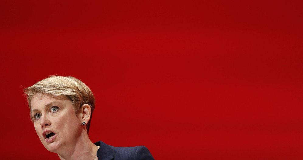 Foto: Yvette Cooper durante su intervención en la conferencia anual del Partido Laborista, en Liverpool. (Reuters)