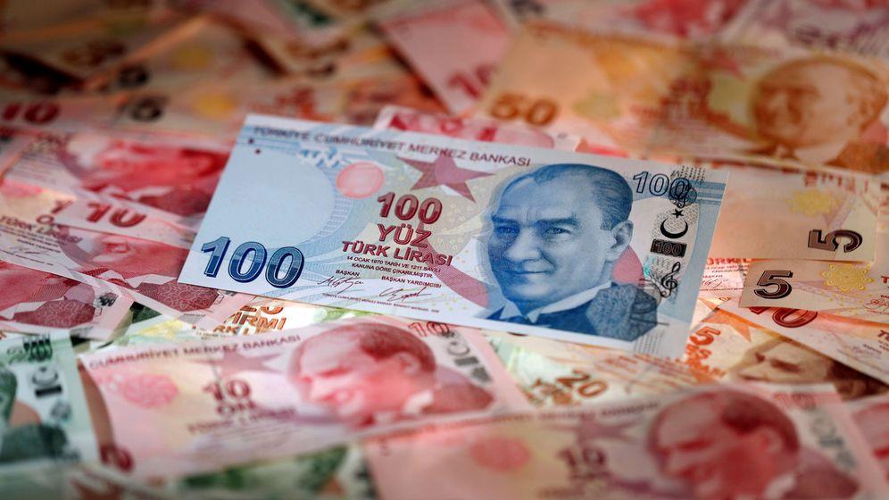 Foto: Billetes de la lira turca. (Reuters)