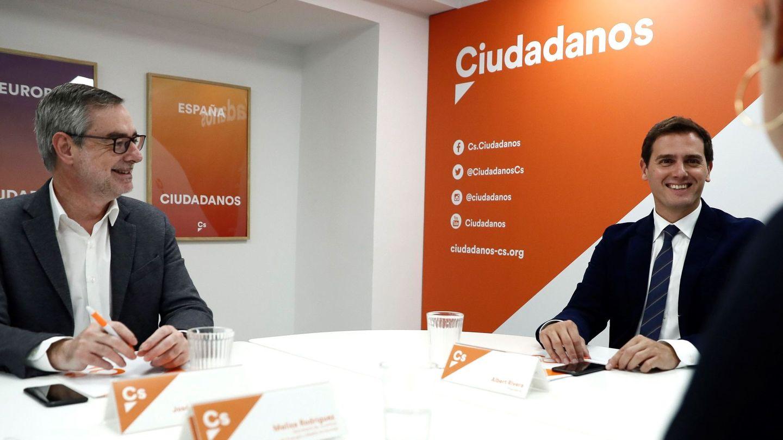 Albert Rivera y José Manuel Villegas. (EFE)