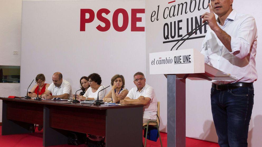 Sánchez imita a Podemos y anuncia una renta mínima para personas pobres