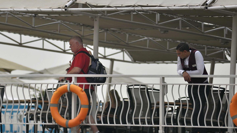 Pasajeros y empleados han sido retenidos en los cruceros de la ciudad de Luxor (Egipto). (EFE)