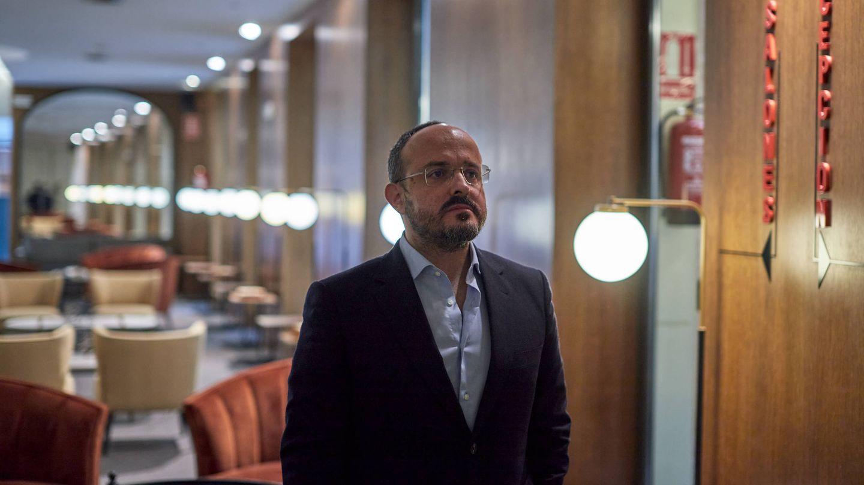 Alejandro Fernández durante la entrevista con El Confidencial. (Jorge Álvaro Manzano)