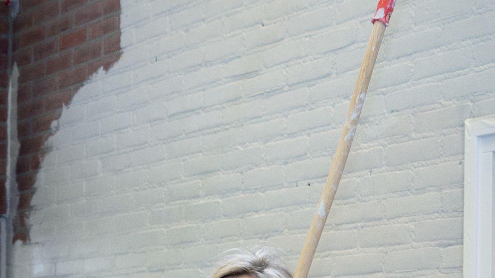 Máxima de Holanda, una pintora de brocha gorda