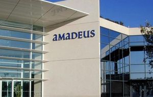 Amadeus gana 356 millones de euros en el primer semestre, el 9,2% más