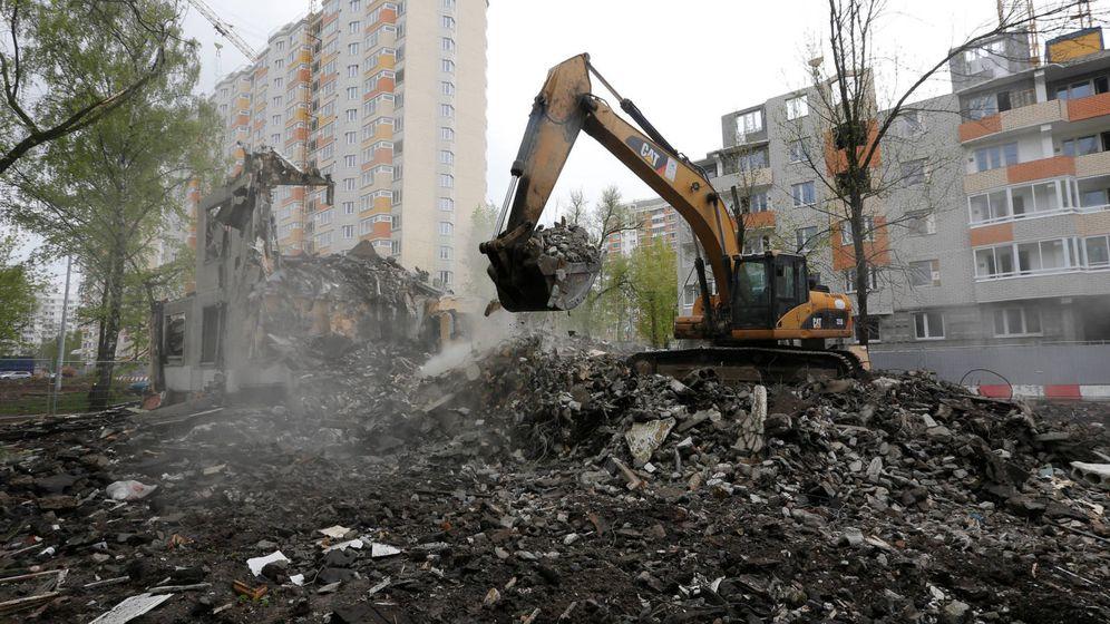 Foto: Demolición de un edificio. (Reuters)