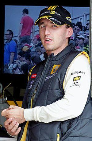 Kubica anuncia a Lotus que no podrá empezar la temporada 2012