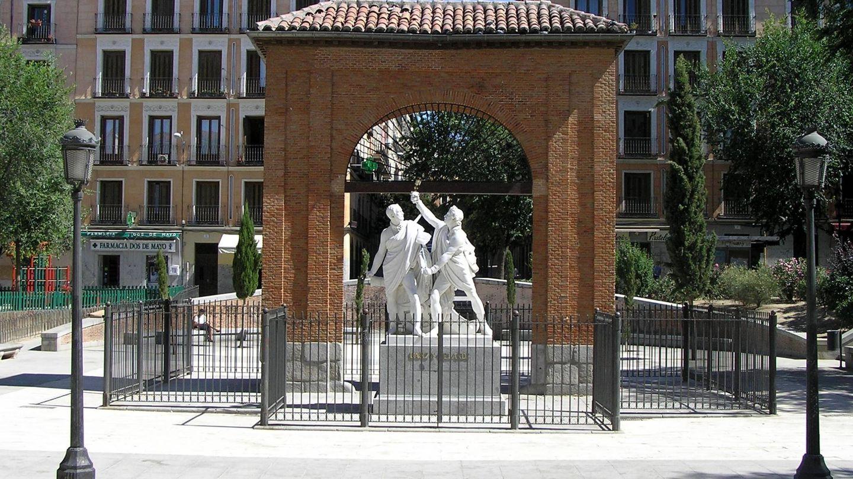 Monumento a Daoiz y Velarde en la plaza del Dos de Mayo de Madrid