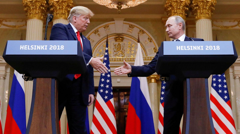 Donald Trump y Vladimir Putin durante una rueda de prensa conjunta tras su reunión en Helsinki. (Reuters)
