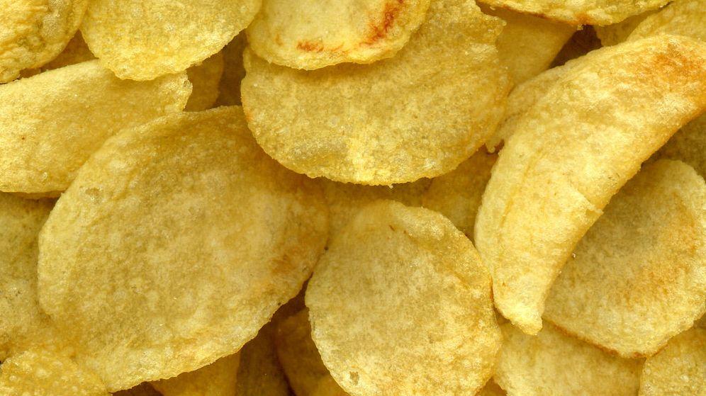 Foto: Las patatas y otros snacks también pueden contener aceite de palma.