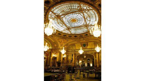 Una noche en el Casino de Montecarlo, el lugar más glamuroso de Mónaco