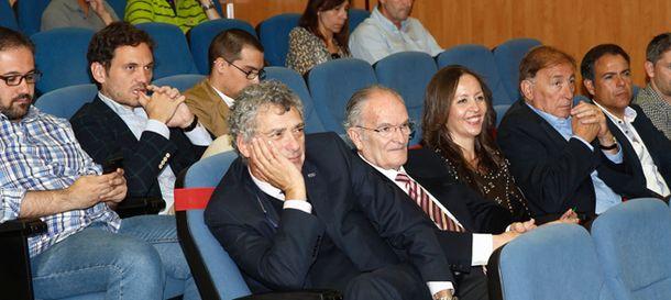 Foto: Ángel María Villar, Jorge Carretero, portavoz de la Federación, y María José Claramunt (Fotos: RFEF)