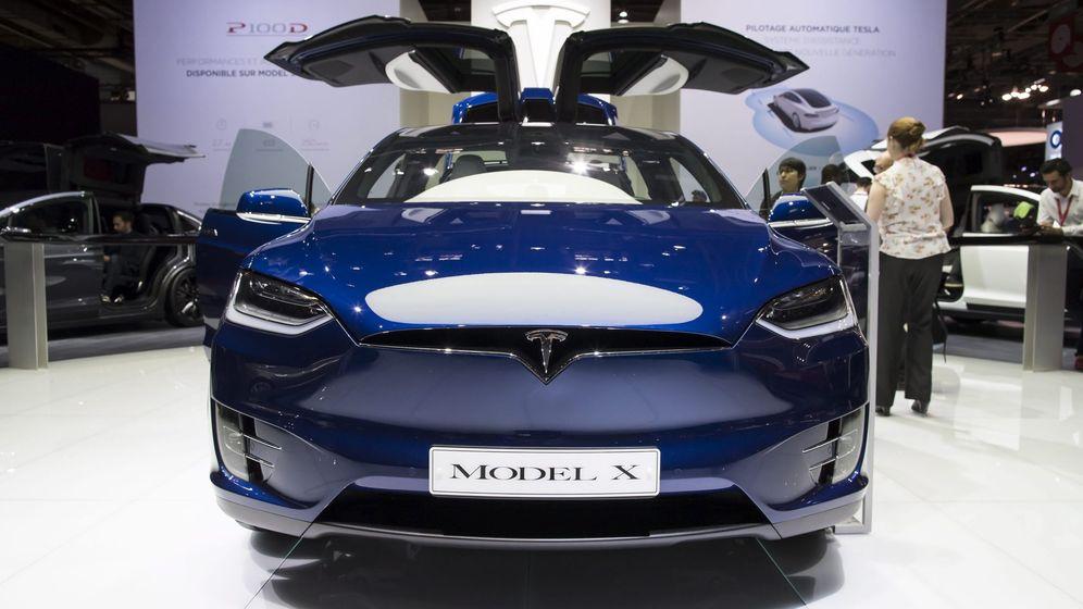 Foto: Las puertas de gaviota del Model X son uno de sus mayores quebraderos de cabeza. (Reuters)