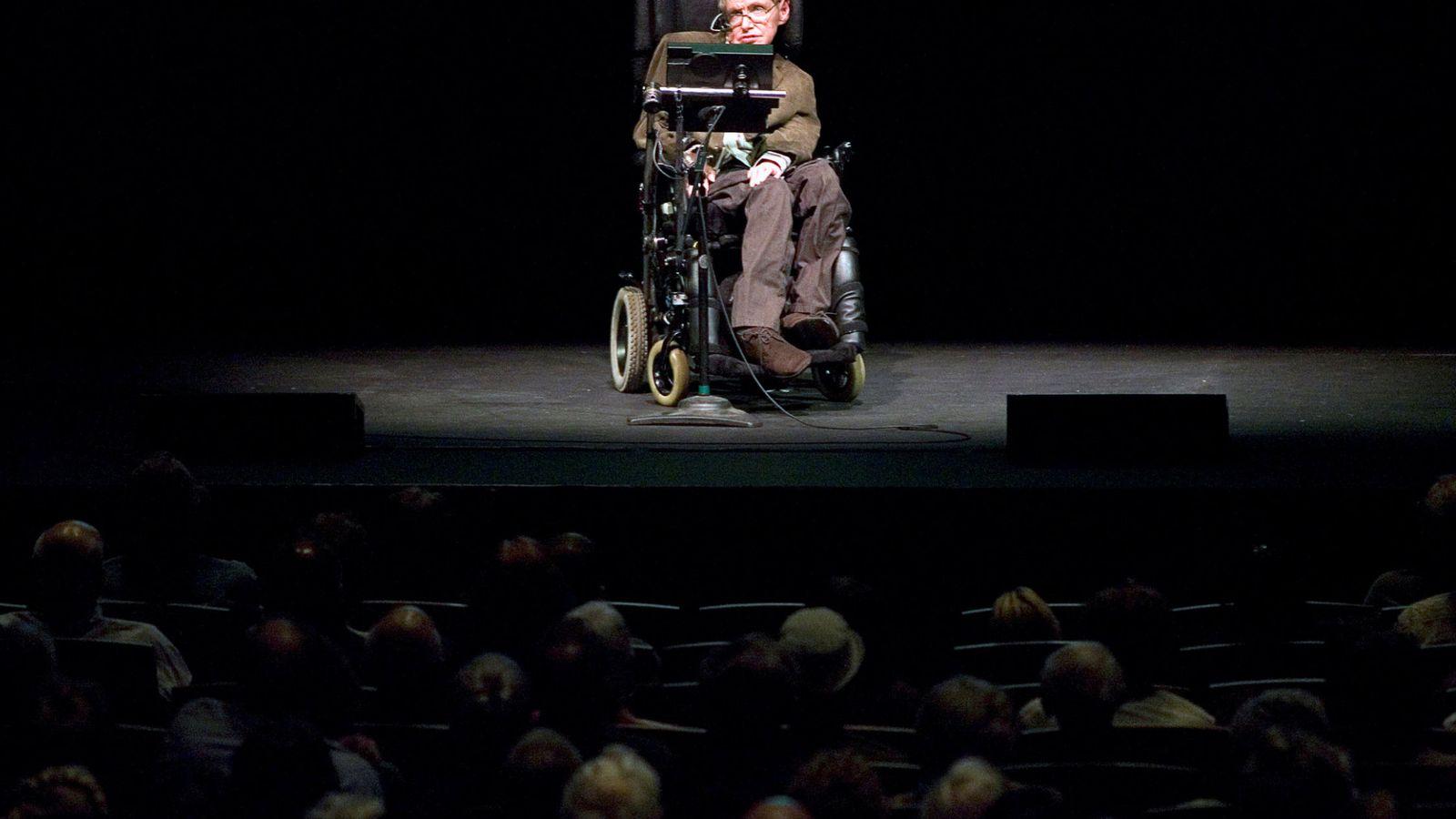 Foto: El profesor, durante una charla en Berkeley en 2007. (Reuters/Kimberly White)