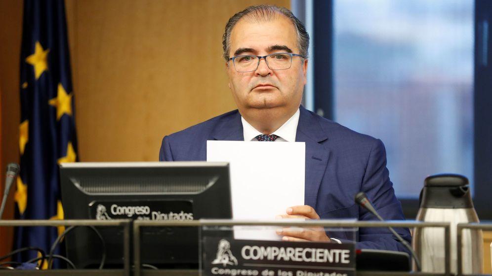 Foto: Ángel Ron, ex presidente de Banco Popular, en el Congreso. (Efe)