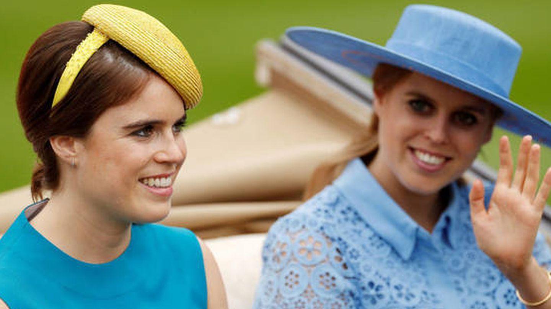 Eugenia y Beatriz de York, en una imagen de archivo. (Reuters)