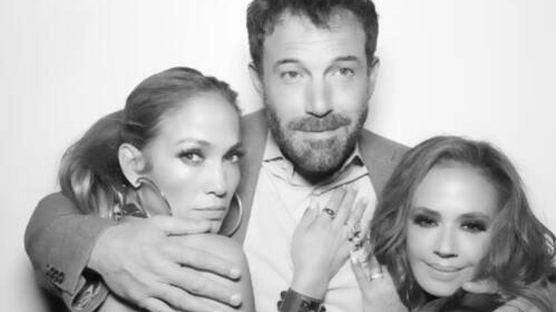 Jennifer Lopez y Ben Affleck, en la fiesta de Leah Remini. (Instagram @leahremini)