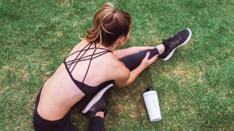 Ejercicios físicos para abdominales y vientre plano. (LYFE Fuel para Unsplash)