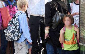Iñaki Urdangarin sale de su refugio para recoger a sus hijos al colegio