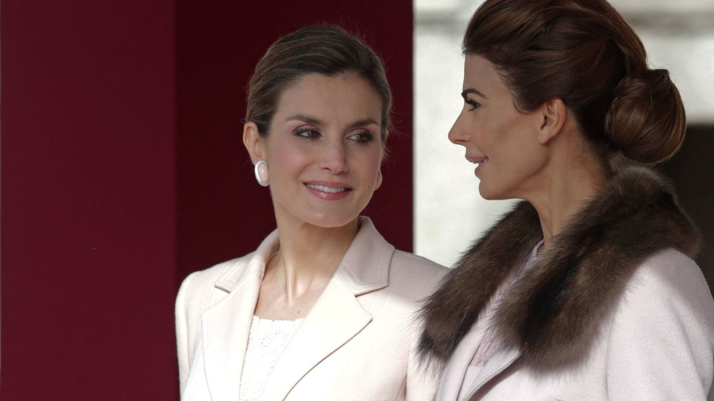 Foto: La Reina Letizia y Juliana Awada durante el acto de este miércoles (Gtres)