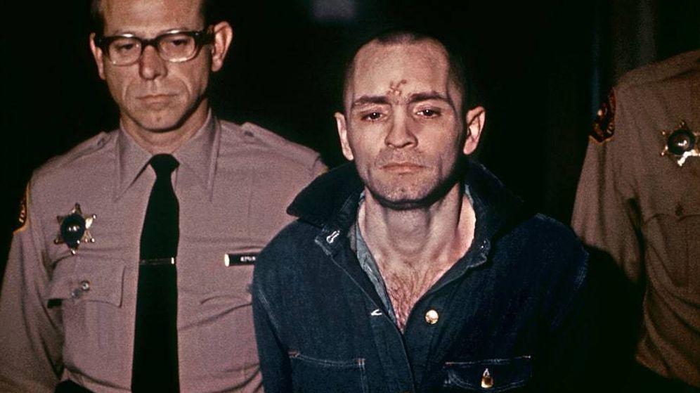 Foto: Charles Manson el 29 de marzo de 1971, antes de escuchar su condena a muerte.