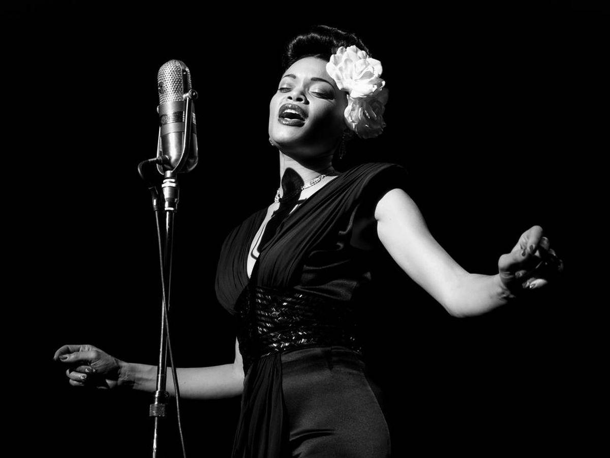 Foto: Andra Day caratcterizada como Billie Holiday
