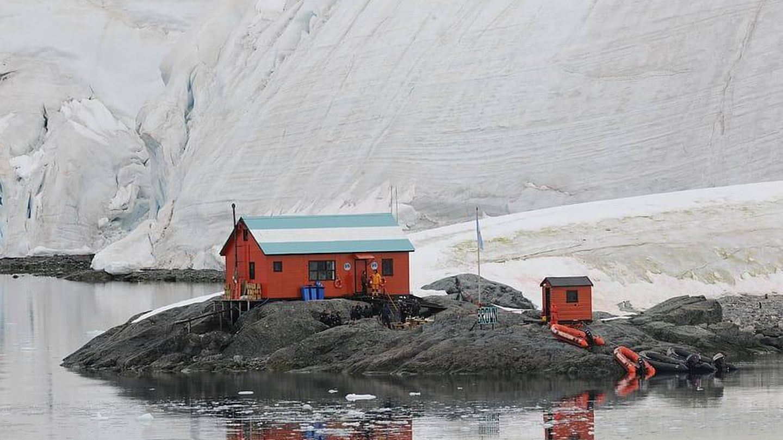 Una estación científica en la Antártida.