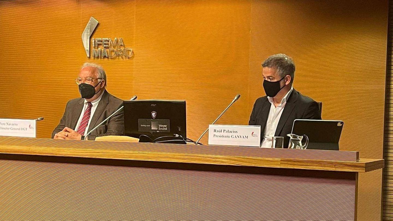 Pere Navarro y Raúl Palacios inauguraron esta nueva edición del Salón VO en IFEMA.