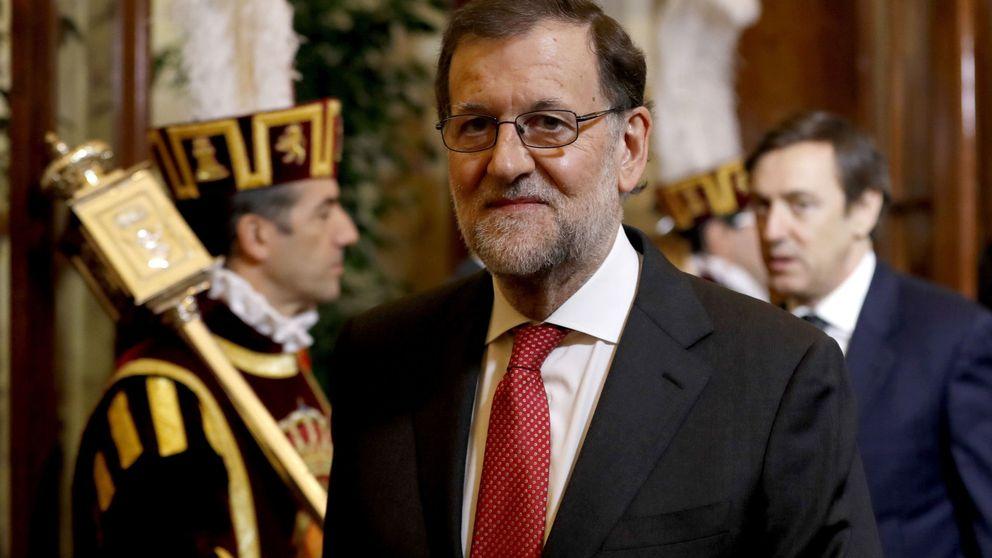 """Rajoy ironiza tras el fracaso de Renzi: """"Ahora voy yo a convocar una consulta"""""""