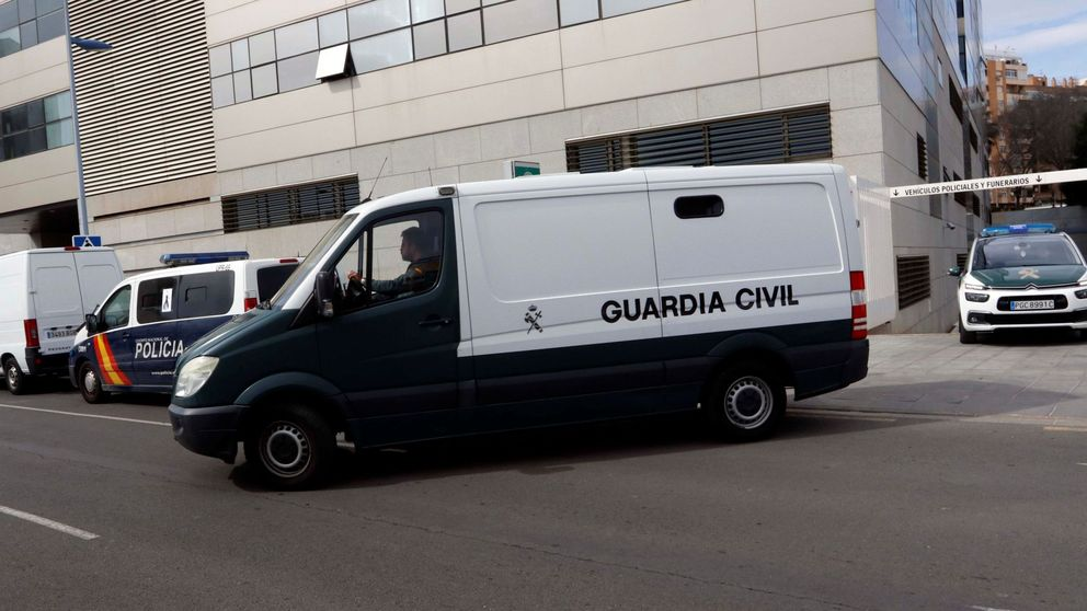 La Guardia Civil encuentra el hacha con la que Ana Julia dice que golpeó a Gabriel