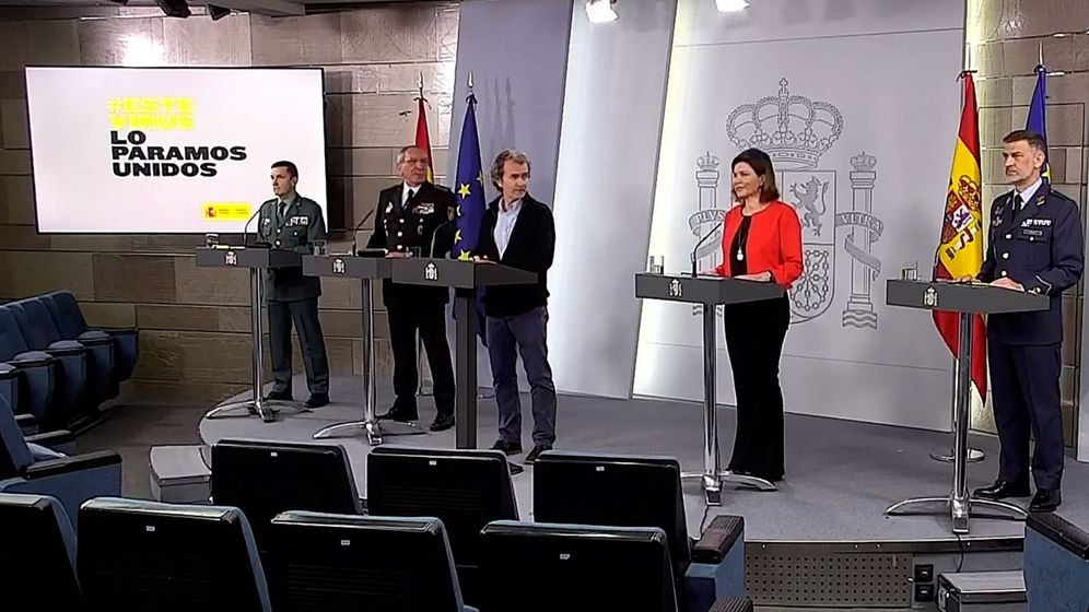 Foto: Captura de la señal institucional de Moncloa, del director del Centro de Coordinación de Alertas y Emergencias Sanitarias, Fernando Simón. (EFE)