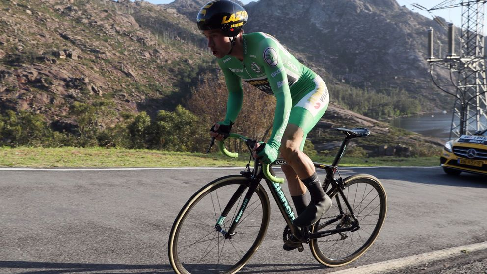 Roglic recupera el liderato en la Costa da Morte y la Vuelta se aprieta