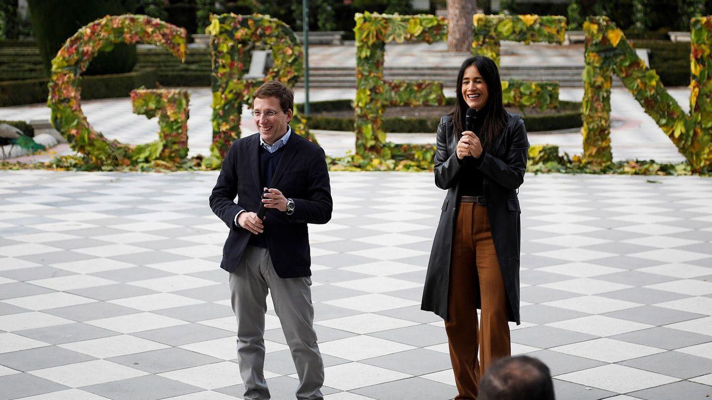 El alcalde de Madrid, José Luis Martínez Almeida, y la vicealcaldesa, Begoña Villacís. (EFE)