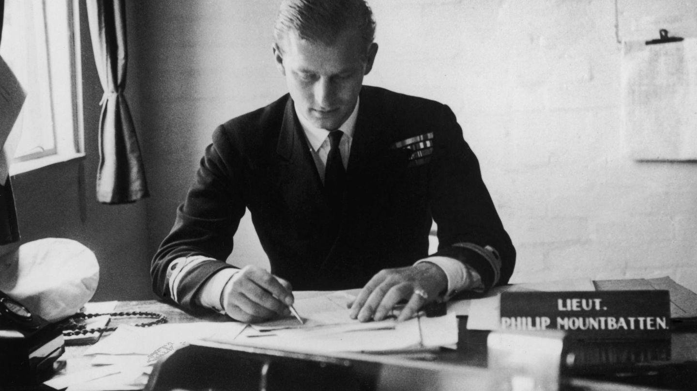 El príncipe Felipe, en 1947. (Getty)