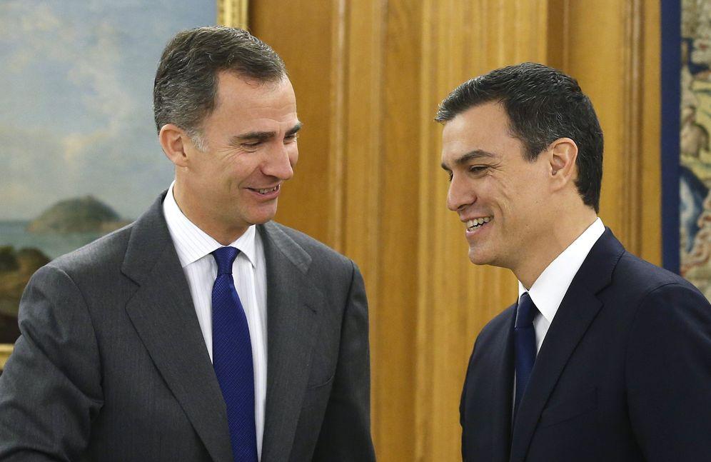 Foto: El rey recibe a Pedro Sánchez en la Zarzuela, este 22 de enero. (EFE)