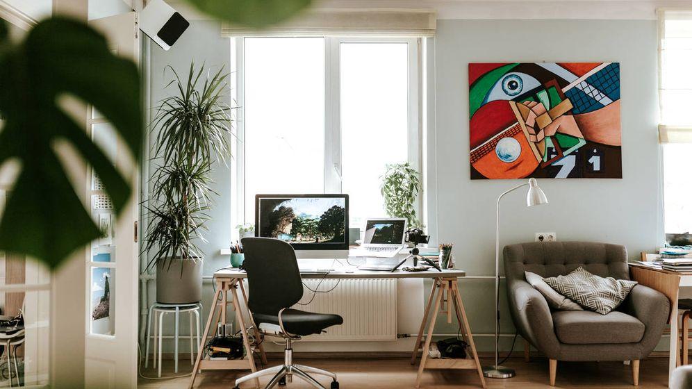 Foto: ¿Puedo avalar una hipoteca para la compra de un piso con un estudio? (iStock)