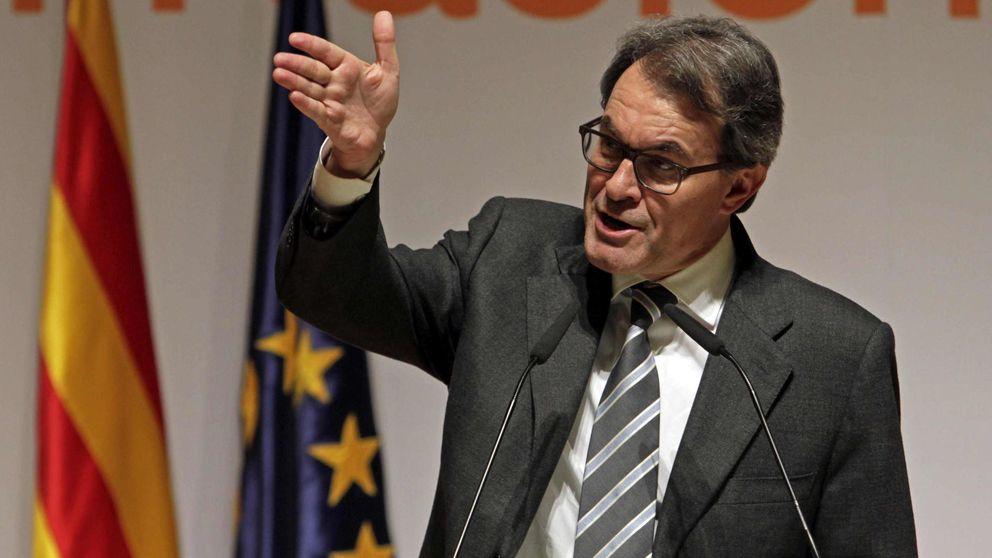 Mas reúne a 25 corresponsales en España para explicarles su 'proceso'