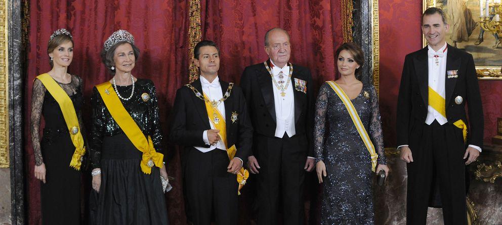 Foto: La Primera Familia preside la cena de gala en el Palacio Real