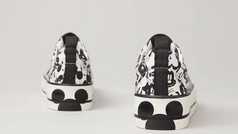 Las zapatillas deportivas que los fans de Mickey Mouse compran en Lefties