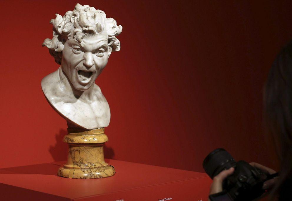 Foto: El busto en mármol 'Anima Dannata', en la exposición que el Museo del Prado dedica a Bernini. (EFE)