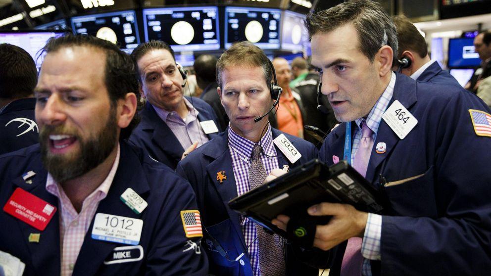 ¿Cómo ganar con los bonos en negativo? Cubriendo la divisa en dólares