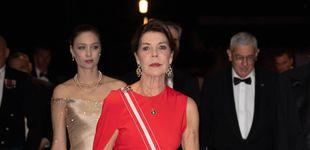 Post de Carolina de Mónaco copia uno de los looks más acertados  de la reina Letizia