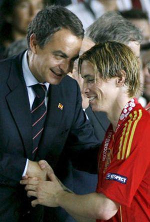 El Gobierno defenderá la actuación policial en el Calderón en carta a Platini