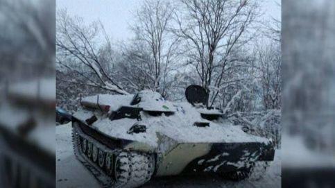 Un ruso ebrio roba un tanque y lo empotra contra una tienda para robar más alcohol