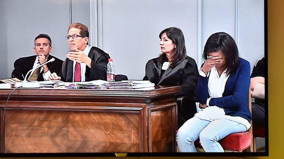 Foto: Ana Julia Quezada, ayer, antes del alegato final en la Audiencia Provincial de Almería. (EFE)