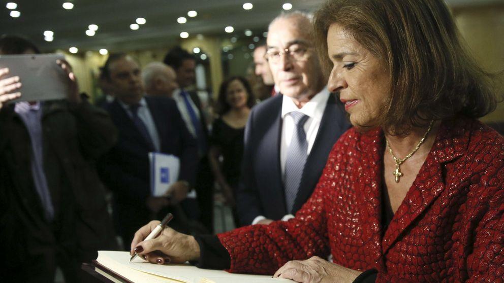 Botella pide al Cristo de Medinaceli que no se vote a Podemos